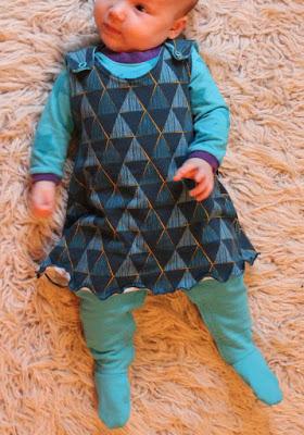 Schnittmuster Babykleid, Gr. 50-68 von Yva R.