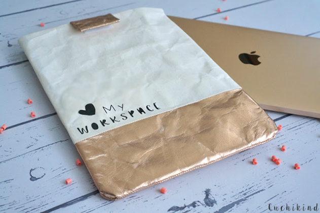 Laptoptasche aus Papier nähen.